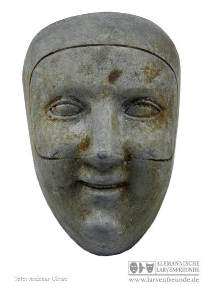 Maskenmodel Domino
