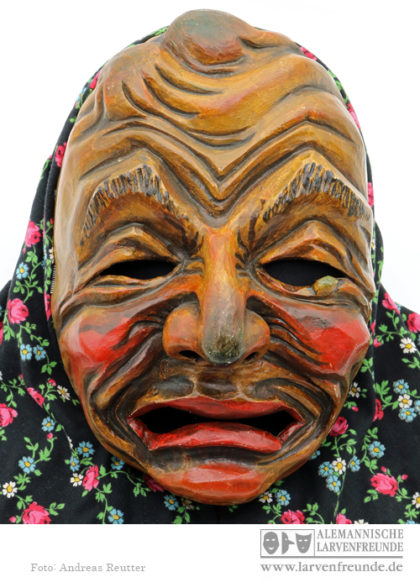 Holzmaske Zennenmacher