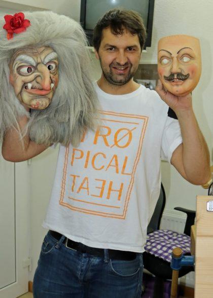 Maskenschnitzer Bildhauer Schaller
