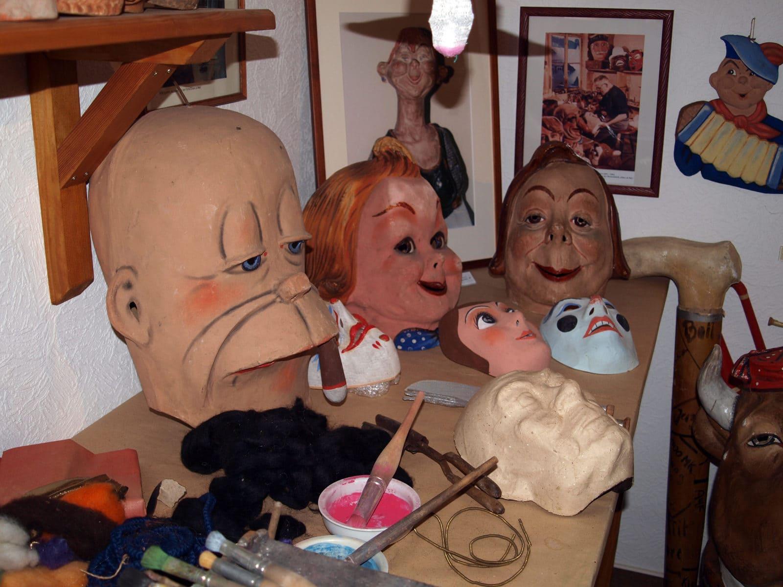 Heimatstube Manebach Masken
