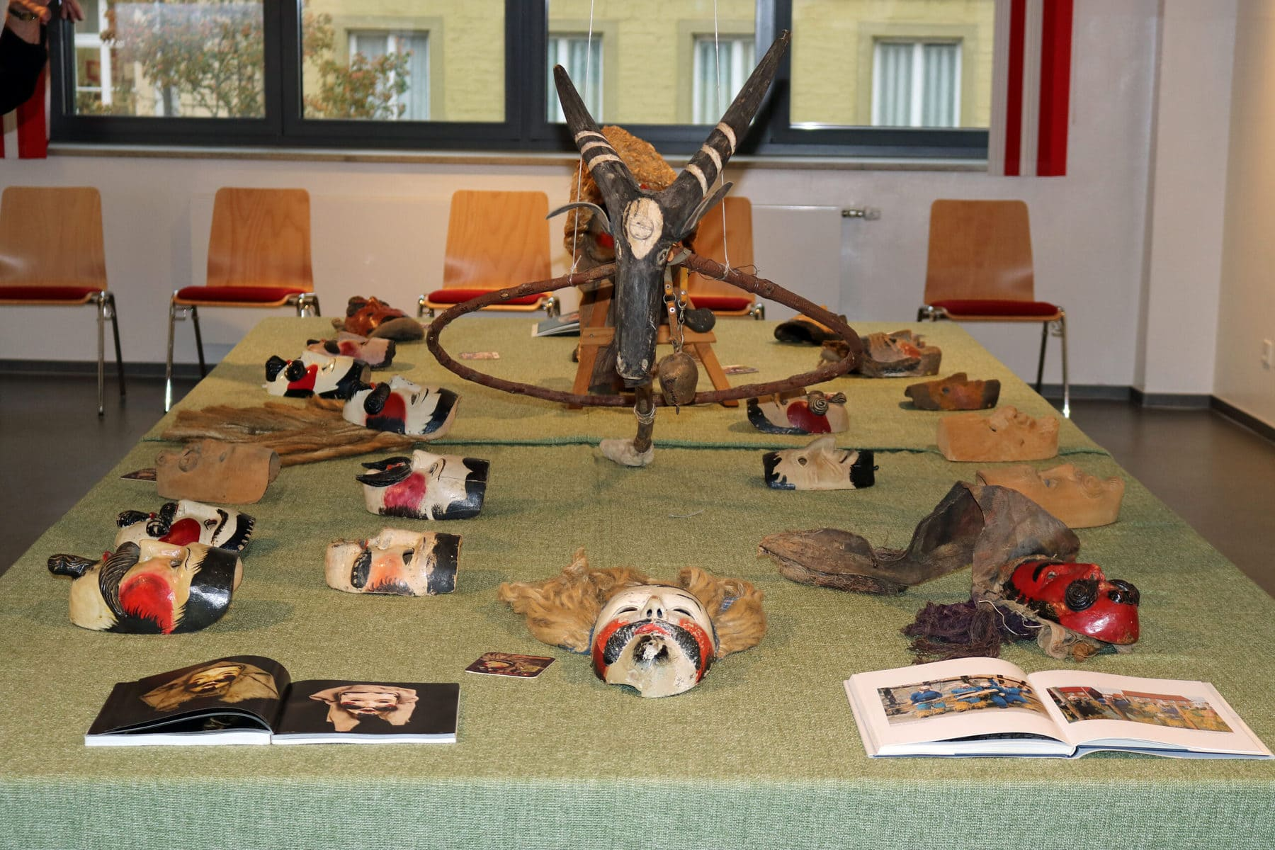 holzmasken Rhön Fastnachtmuseum Kitzingen Maskenmuseum