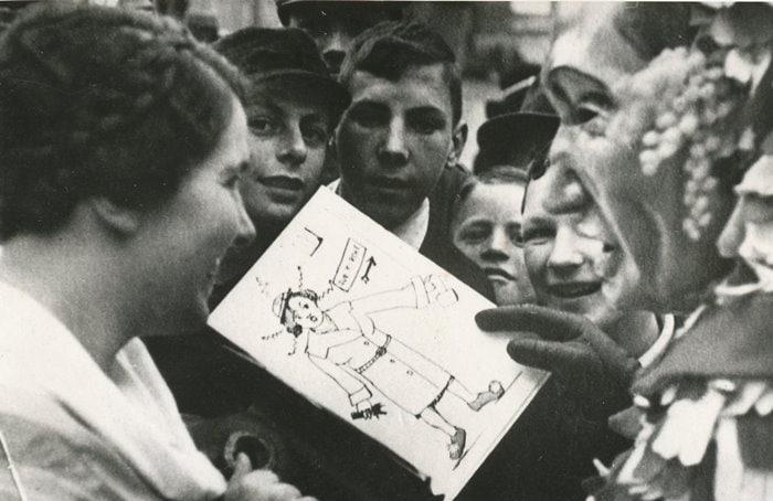 1937 Alfons Arnold sagt Dora Sonntag auf (Plakat Hohl)