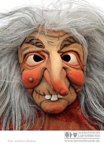 Hexenmaske Hexenlarve Schaller Tirol Fasnacht Maskenmuseum